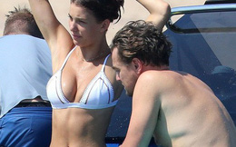 Bạn gái kém 22 tuổi của Leonardo DiCaprio khoe body nóng bỏng, hút mắt