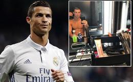 Phản ứng khó tin của Ronaldo khi đồng đội khen Messi giỏi hơn