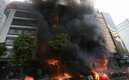 Xử vụ cháy quán karaoke 13 người chết: Chủ quán khóc nói không thể đền bù thêm