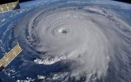 Ảnh vệ tinh thể hiện sức mạnh hủy diệt của Florence, siêu bão to bằng cả một bang Mỹ