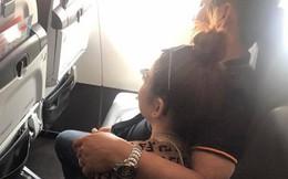 """Đi máy bay vô tình phát hiện vụ ngoại tình chỉ bằng 1 câu nói, nữ hành khách chia sẻ để """"mẹ nào nhận ra chồng thì đem về ngay"""""""