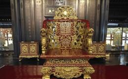Ảnh: Rồng bay phượng múa trên cổ vật vô giá triều Nguyễn mang ý nghĩa gì?