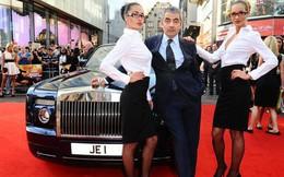 """Cuộc sống siêu giàu của """"Mr Bean"""": Sở hữu gia sản nghìn tỷ, 63 tuổi vẫn nghiện đua xe"""