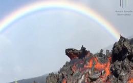 Vẻ đẹp 'đáng sợ' khi núi lửa phun trào ở Hawaii