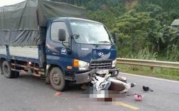 Xe máy đâm trực diện ô tô, 2 anh em họ tử vong