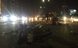 Chạy vào đường ô tô, đôi nam nữ chết thảm trên cầu Sài Gòn