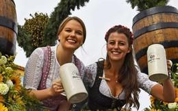 Những hình ảnh ấn tượng trong lễ hội bia Oktoberfest lớn nhất thế giới