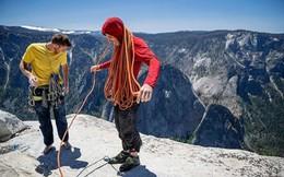 Bí quyết của người đàn ông tay không leo núi đá dựng đứng 900m
