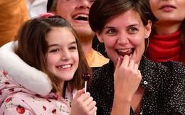 Bị phía Tom Cruise gây sức ép, Katie Holmes không dám gặp gỡ bạn thân vì sợ mất quyền nuôi Suri?