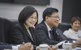 """Chưa buông tha, Hoàn cầu mắng nhiếc Đài Loan """"ôm chân Mỹ"""": Vừa đáng thương, vừa nực cười"""