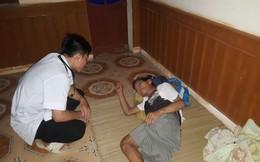 Lập phòng khám 'dã chiến' cứu trợ người dân vùng lũ Thanh Hoá
