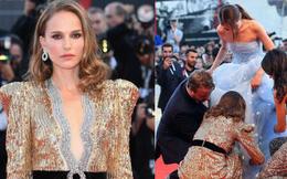 Khi nhiều sao nữ tị nạnh nhau, Natalie Portman lại cúi mình chỉnh váy cho đàn em tại LHP Venice