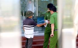 Nhiều camera ghi hình tên cướp ngân hàng táo tợn ở Khánh Hoà