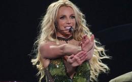 Britney Spears bị fan la ó vì... quá đãng trí, chẳng nhớ mình đang diễn ở nơi nào!