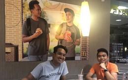 Hai anh chàng láu cá tự treo hình mình lên quán McDonald để trang trí, suốt 2 tháng không ai phát hiện ra
