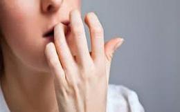 Cắn móng tay, nữ sinh 20 tuổi mắc ung thư da hiếm gặp
