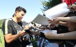 Nghìn fan nữ đổ xô tới xem Son Heung-min tập luyện, phá vỡ kỷ lục mọi thời đại của đội tuyển Hàn Quốc