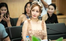 Nhan sắc MC Việt Nga gây chú ý khi xuất hiện tại họp báo Nhạc hội Việt - Nhật
