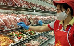 Thịt ngoại nhập giá rẻ, tràn ngập cả... vỉa hè