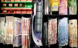 Nợ toàn cầu đạt mức kỷ lục 233.000 tỷ USD