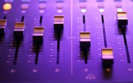 """Tìm hiểu công nghệ Auto-Tune: """"Phao cứu sinh"""" cho ca sĩ giọng yếu"""