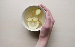 Trà gừng phòng chữa cảm lạnh rất tốt, nhưng 4 nhóm người này nếu uống bệnh sẽ nặng thêm