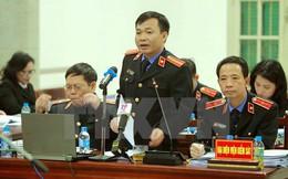 LS của bị cáo Đinh La Thăng thắc mắc: Lợi ích nhóm gì để cuối cùng 3 ông ngồi đây?