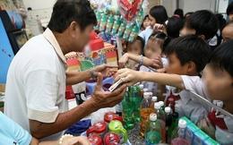 Cấm kinh doanh, quảng cáo nước ngọt có ga: Không chỉ trong trường học!