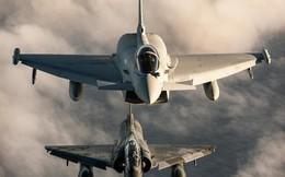 """Không quân Anh, Pháp, Bỉ """"náo loạn"""" vì 2 máy bay ném bom Tu-160 của Nga"""
