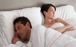 """Vì sao phụ nữ cần đi tiểu ngay sau khi """"yêu"""""""