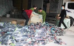 Hàng nghìn khẩu súng nhựa được chuyển từ Móng Cái về Thanh Hóa