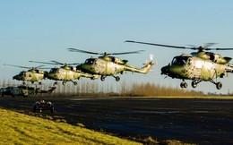 """Chùm ảnh chuyến bay """"giã từ binh nghiệp"""" của trực thăng Lynx ở Anh"""
