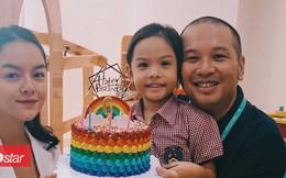 Phạm Quỳnh Anh - Quang Huy rạng rỡ mừng sinh nhật con gái