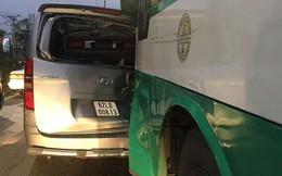 TP HCM: Xe buýt mất thắng gây tai nạn liên hoàn ở Hóc Môn