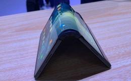 Smartphone màn hình gập đầu tiên trên thế giới - FlexPai - cận cảnh trông ảo đến nhường nào?