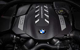 Đắt xắt ra miếng, BMW 8-Series 2019 mui trần chính thức ra mắt thị trường