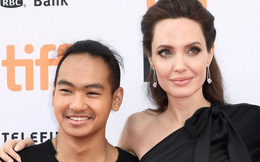 Mới ngày nào cậu bé mồ côi Campuchia được Angelina Jolie nhận nuôi mà giờ đã sắp rời xa vòng tay mẹ
