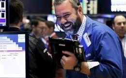 Phe Tổng thống Trump để mất Hạ viện, Dow Jones tăng gần 550 điểm