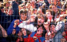 Dùng cửa 'ngách', làm vé giả hay trèo tường vào sân trái phép đã dẫn tới những thảm kịch kinh hoàng này