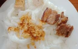 Đĩa bánh cuốn 35k trông như phần ăn thừa từ tối hôm qua của cô gái Hà Nội gây sốc toàn tập