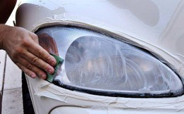 """Đèn pha ô tô bị mờ: Chỉ 5 phút, bạn có thể """"hô biến"""" nó sáng bóng ngay tại nhà"""