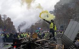 Người biểu tình Pháp tấn công nhà riêng của Bộ trưởng Nội vụ