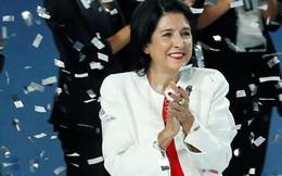 Nữ Tổng thống đầu tiên của Gruzia từng bị dọa giết khi tranh cử