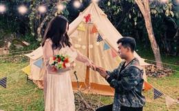 Sau lễ ăn hỏi bí mật, MiA hé lộ loạt ảnh được ông xã tương lai cầu hôn đầy lãng mạn và độc đáo
