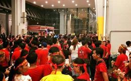 Đề nghị bồi thường cho cổ động viên bị 'bỏ rơi' tại Malaysia