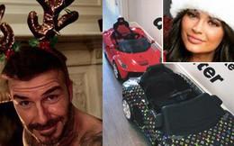 Loạt sao Âu Mỹ trang trí lộng lẫy đón Giáng Sinh, Kylie Jenner mua xe hơi mini tặng con gái