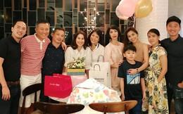 Hóa ra Hà Tăng đã mở tiệc tiễn Thân Thúy Hà lên đường sang Mỹ sinh con từ hai tháng trước