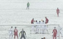 """10 hình ảnh hài hước của bóng đá Việt Nam: Màn """"bỏ khung thành"""" của Bùi Tiến Dũng đứng đầu"""