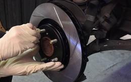 Tài xế nên biết: Khi nào phải thay má phanh đĩa trên ô tô?