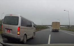 Đề nghị Bộ Quốc phòng xác minh xe biển đỏ chạy lùi trên cao tốc Hà Nội - Thái Nguyên